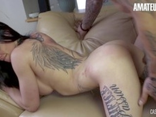 big dick brunette AMATEUR EURO-Hot Babe Tynna Gets Hard Fucked In Casting