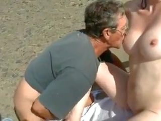 masturbation beach Nude Beach - Shy Wife Plays with Strangers