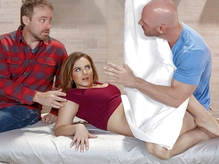 big ass massage Natasha Nice & Johnny Sins in Private Treatment - BrazzersNetwork