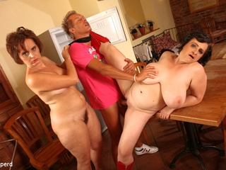 big ass bbw Dragan & Magalie & Martine in Mature Fatties - KINK