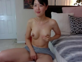 asian amateur HOT Korean Puts Dildo Between Tits
